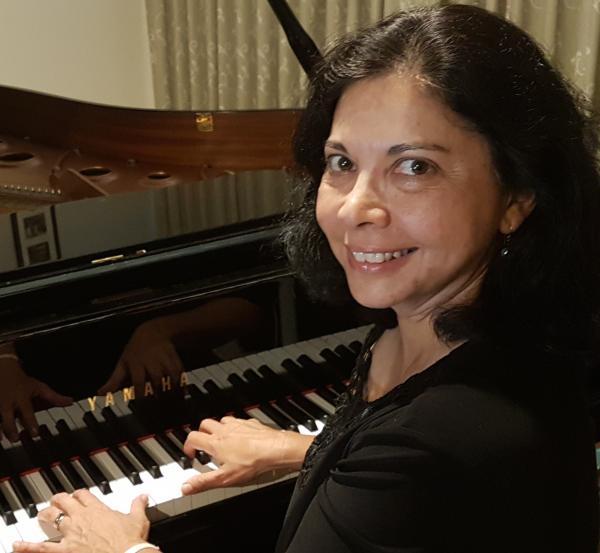 Valerie Lang